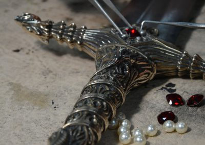 Film-Armoury---Sword-Oathkeeper-Custom-Design-Swarovski-Crystal-Jewel